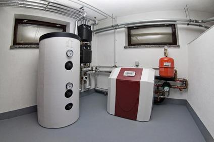 Standspeicher zur Warmwasserversorgung