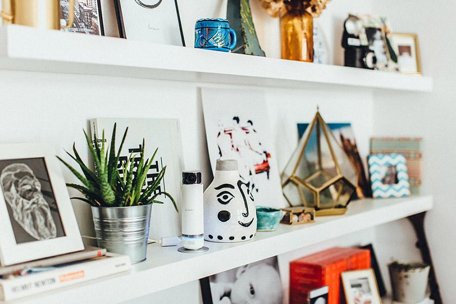 Auch als Inneneinrichtung macht die Smart Home Kamera von Bosch eine gute Figur.