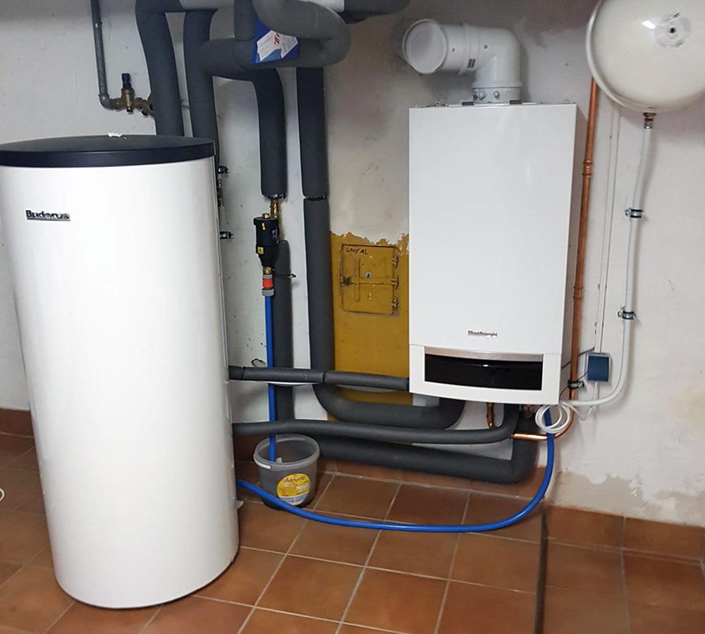 Moderne Gas-Brennwert-Thermen sind platzsparend und verbrauchen deutlich weniger Gas als ihre Vorgänger.