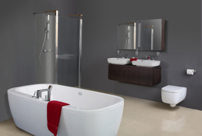 Badezimmer streichen: Wie streicht man einen Feuchtraum richtig?