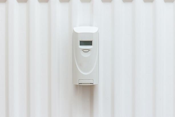 Thermostate zeigen sie meist nur versteckt an: zu hohe Heizkosten.
