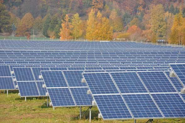 Schott Solar Module für Großanlagen