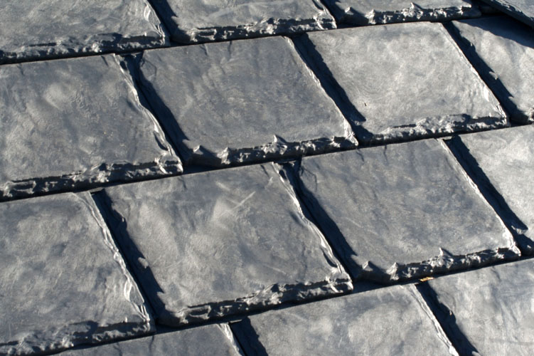 Rubber roofing as type of roof covering competitive for Types of roof covering materials