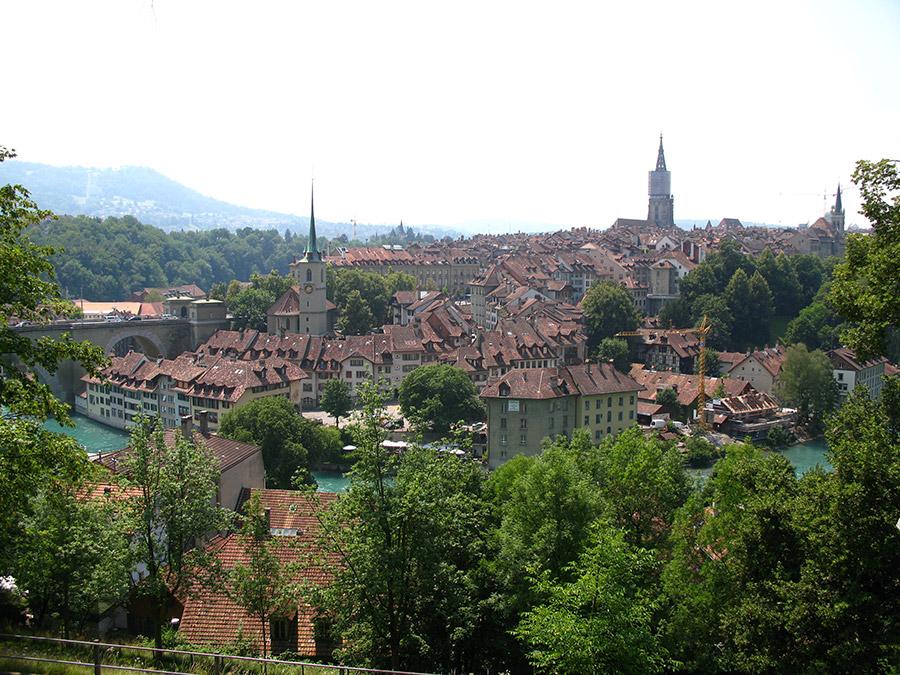 Schauen vom Lerberstrasse, Bern, Schweiz | Bildquelle: © Andrew Bossi via Wikimedia Commons | Lizenz: CC BY-SA 2.5