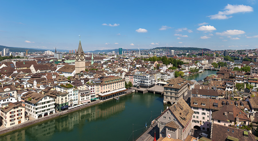 Züricher Altstadt vom Grossmünster aus | Bildquelle: © Thomas Wolf via Wikimedia Commons | Lizenz: CC BY-SA 3.0 DE