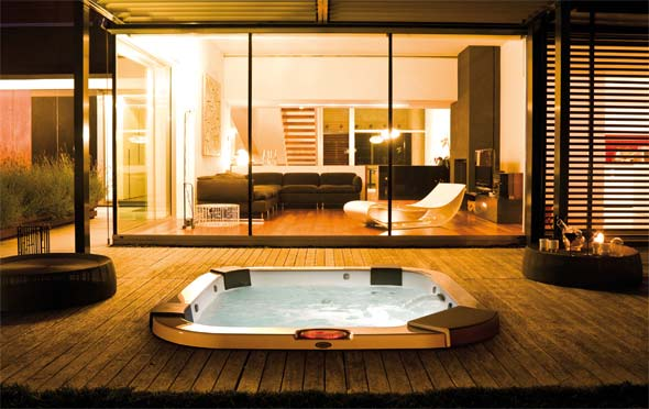 Whirlpool Bild: Jacuzzi Europe Spa