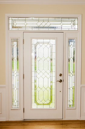 Sidelights and transom windows a quick overview for Where to buy house windows